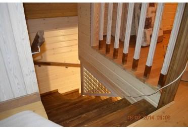 Элементы лестниц из дуба