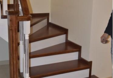 Ступени для лестницы - лиственница