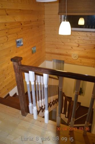 Стили в интерьере лестницы: лофт и прованс, американские