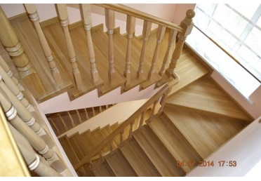 Косоур для лестницы из лиственницы