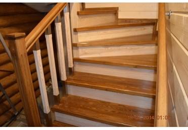 Ступеньки для лестницы из дуба