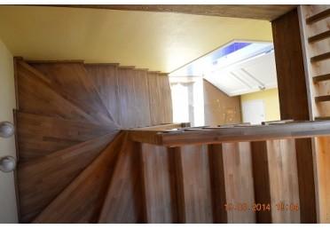 Ступеньки для лестницы из сосны