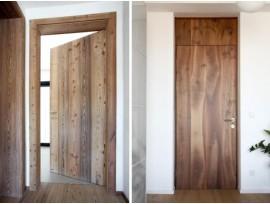 Двери межкомнатные из массива лиственницы