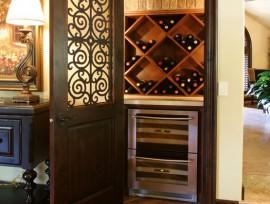 Винный шкаф своими руками из дерева: возможные конфигурации полок